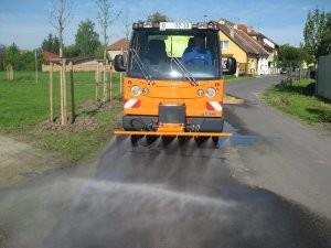 Multicar mycí lišta